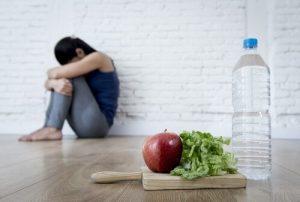 anorexia nerviosa en Valencia - comida y agua