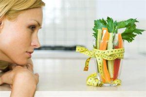 anorexia nerviosa en Valencia - vaso con verduras