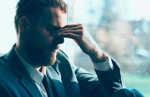 tratamiento para la depresión en Valencia - hombre con migraña