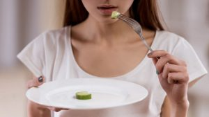 psicologo para bulimia en Valencia - peso y manzana