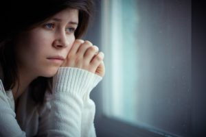 Psicóloga para trastornos depresivos en Valencia - chica triste