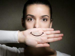 depresión sonriente - sonrisa dibujada